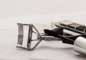 heated_eyelash_curler_guide