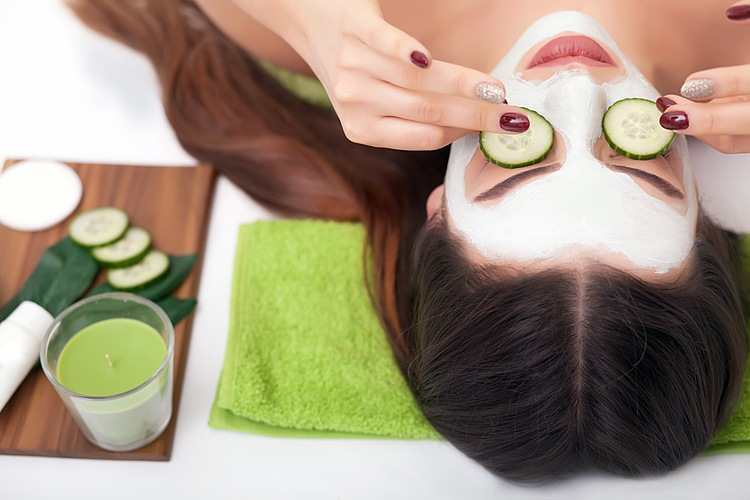 natural-eye-products-cucumber-eyes